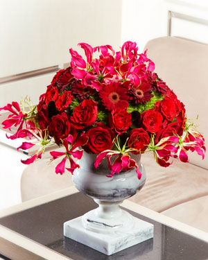 Luksuslik lilleseade punastes toonides  (saadaval ainult Tallinnas)