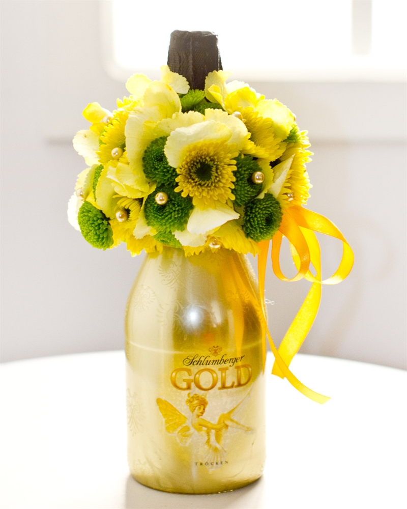 Lilledega kaunistatud vahuvein Schlumberger Gold (Saadaval Tallinnas,Tartus,Pärnus)
